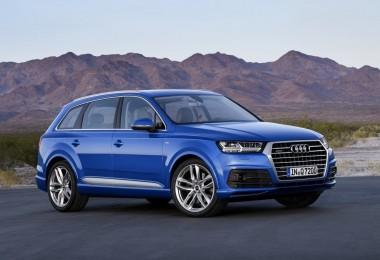 Audi-Q7-2015_01