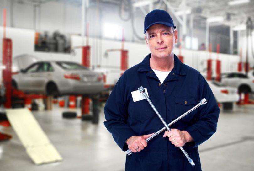 Comment-choisir-un-garagiste-pour-l-entretien-de-sa-voiture-.jpg